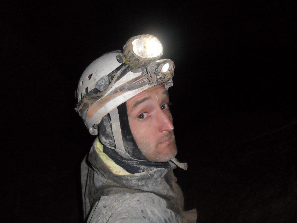 Zdjęcie szefa szkoleń jaskiniowych